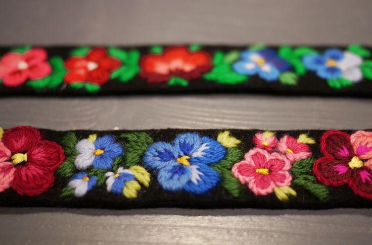 Påsömsbroderi these are wristbands