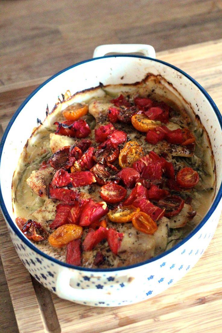 Filetes de Pescada com Courgete e Tomate no Forno