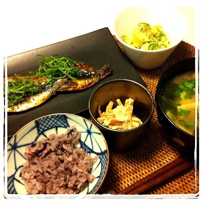 いわしの酢じょうゆ焼・ポテトサラダ・にんじんの白和・黒米・みそ汁 - 37件のもぐもぐ - 魚定食 by naocovsky