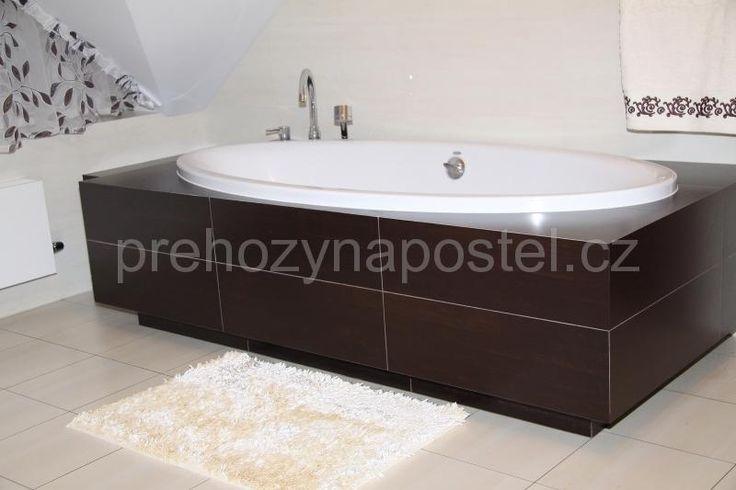 Měkké krémové koberečky do koupelny