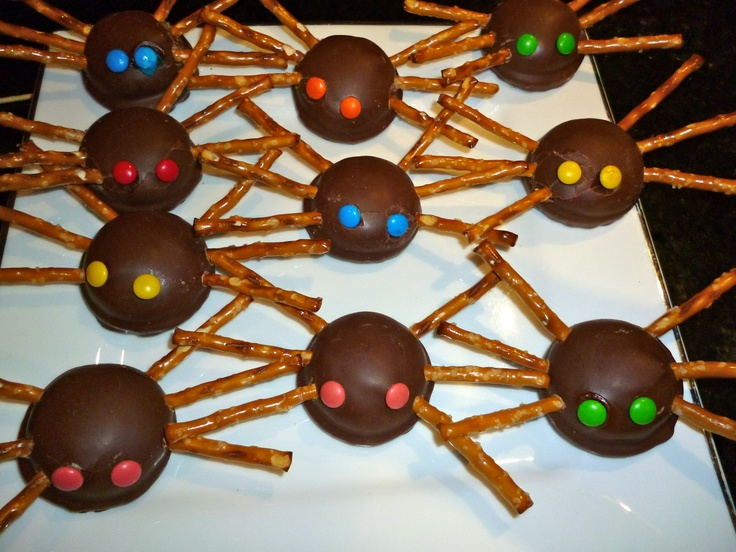 Incy wincy spider biscuits from our nursery rhyme inspired party