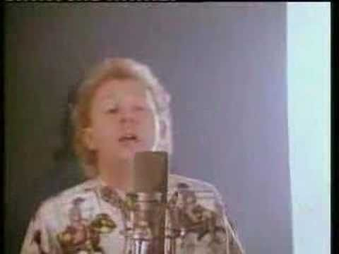 Dave Dobbyn was born in 1957 and made Slice of Heaven a classic NZ song in 1986 using the band Herbs for the movie Footrot Flats