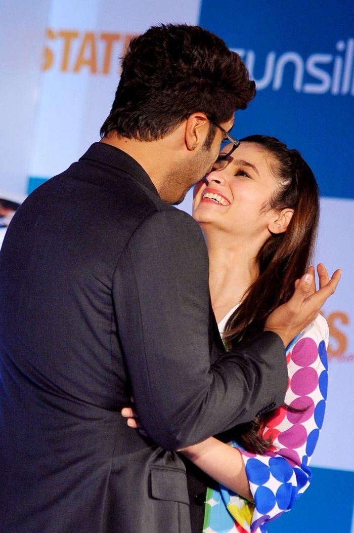 Arjun Kapoor, Alia Bhatt promoting '2 States'