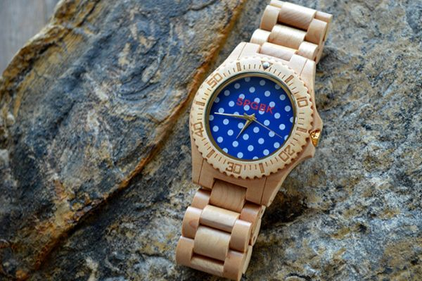 Hi-tech Watches that Design Geeks Would Love to Flaunt