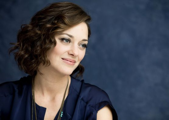 Марио́н Котийя́р — французская актриса театра, телевидения и кино.