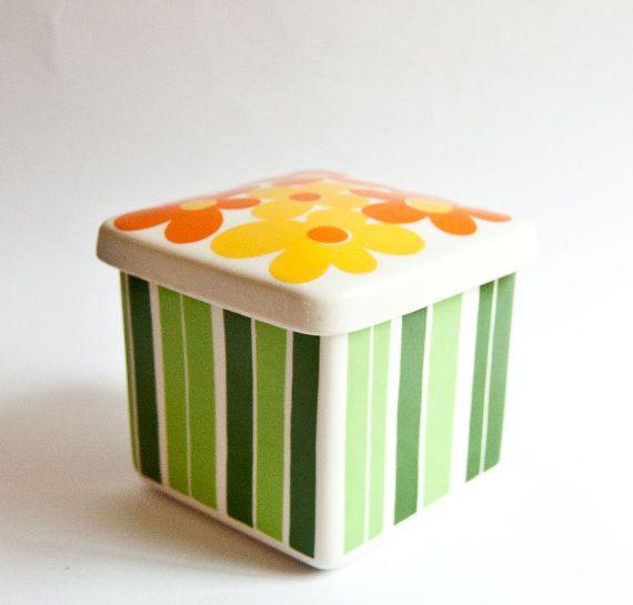 Figgjo Annemarie Norway // Lidded Box // 1970s // Flower Power