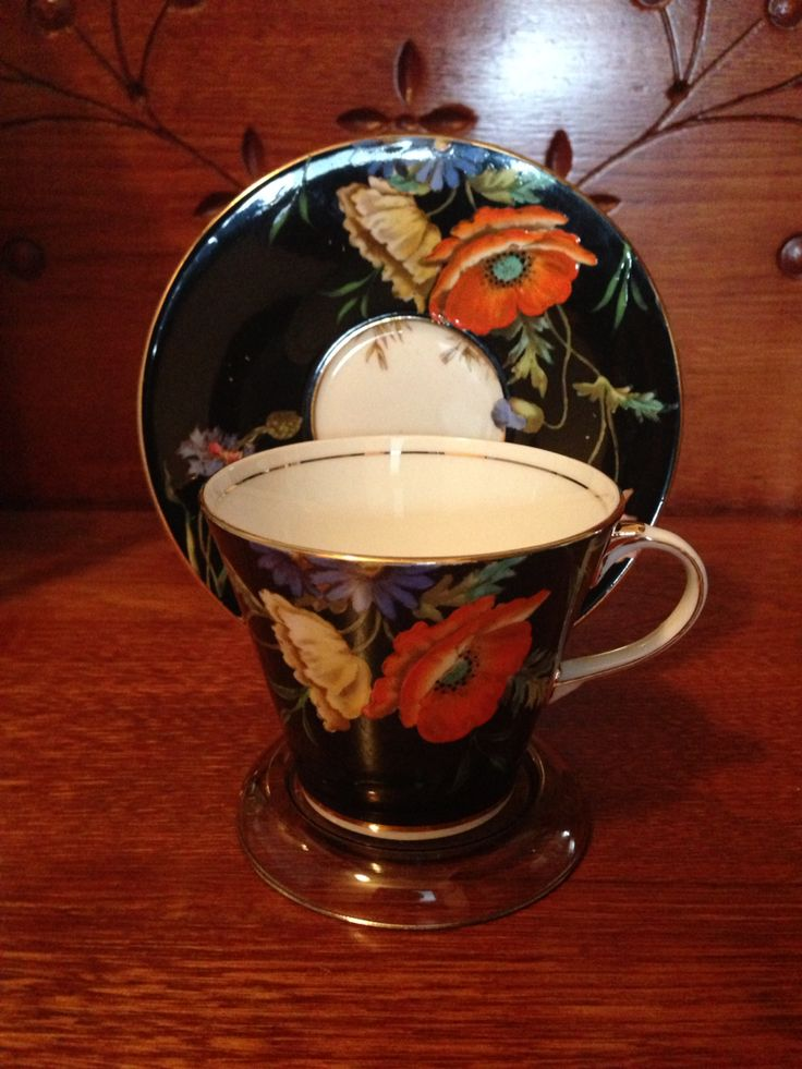 Aynsley - Art Deco 1920-30. Hand-painted Poppies & Cornflower Cup & Saucer. Researched Value $79.99