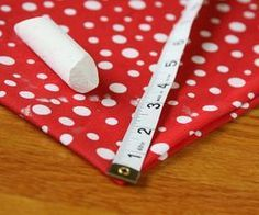 How to Make a Minnie Mouse Skirt   eHow