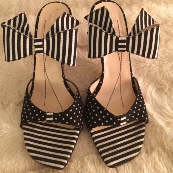 kate spade Shoes - Sale❤️Black and white Kate spade heels