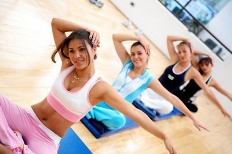 Το True Pilates X-Press είναι ένα πρόγραμμα γυμναστικής, που μπορεί να σας προσφέρει εξαιρετικά γρήγορα αποτελέσματα στο τοπικό αδυνάτισμα και τη σύσφιξη του σώματος, αφού είναι ειδικά σχεδιασμένο έτσι ώστε να ενεργοποιεί άμεσα το μεταβολισμό.     Αυτή την εβδομάδα, το True Pilates X-Press σας προσφέρεται με έκπτωση 67% για οκτώ (8) μαθήματα, που μπορούν να μεταμορφώσουν πραγματικά το σώμα σας, σμιλεύοντας  τις περιοχές της κοιλιάς, της περιφέρειας και των μηρών.