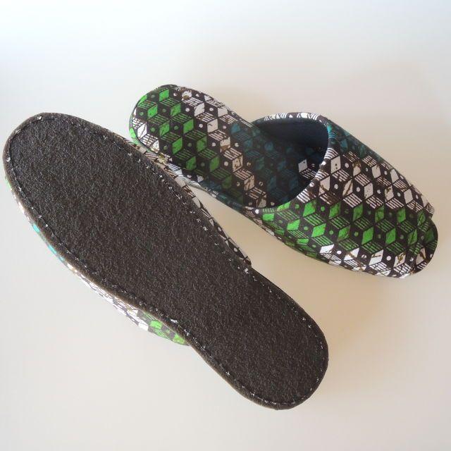 XL size【簡易外履き可能ゴム底】オープンテューしちゃうトリッキーアート姐さんスリッパ Convenience stores slippers (MN-0006-007) | 平和スリッパ|ルームシューズやバブーシュ、草履まで室内履き専門店!おしゃれスリッパ番長