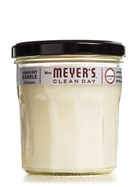 A relaxing lavender candle from #mrsmeyerscleanday