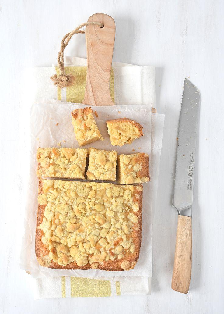 appel-kruimel roomcake - Laura's Bakery