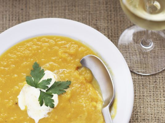 The best Thanksgiving appetizers: pumpkin soup