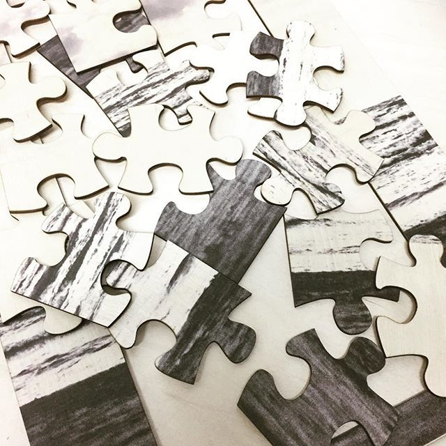 #woodpuzzle #printonwood #birch #montreal #beach #lasercut #montreal #creative #umake @umakefactory make a puzzle out of your pictures! #fun