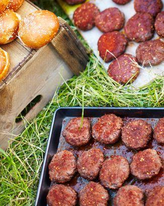 moroccan-style lamb burgers: Recipe Uk, Style Lamb, Lamb Burgers ...