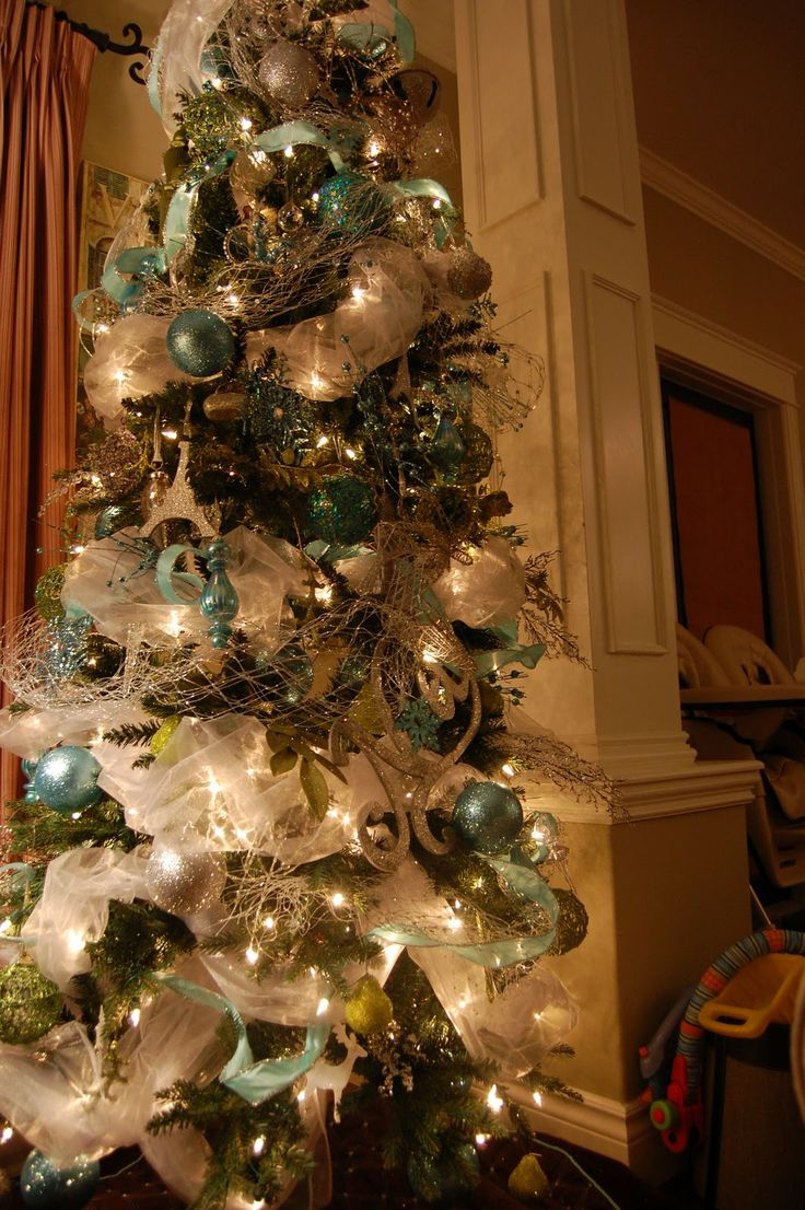 1000 ideas about teal christmas tree on pinterest teal for Christmas mural