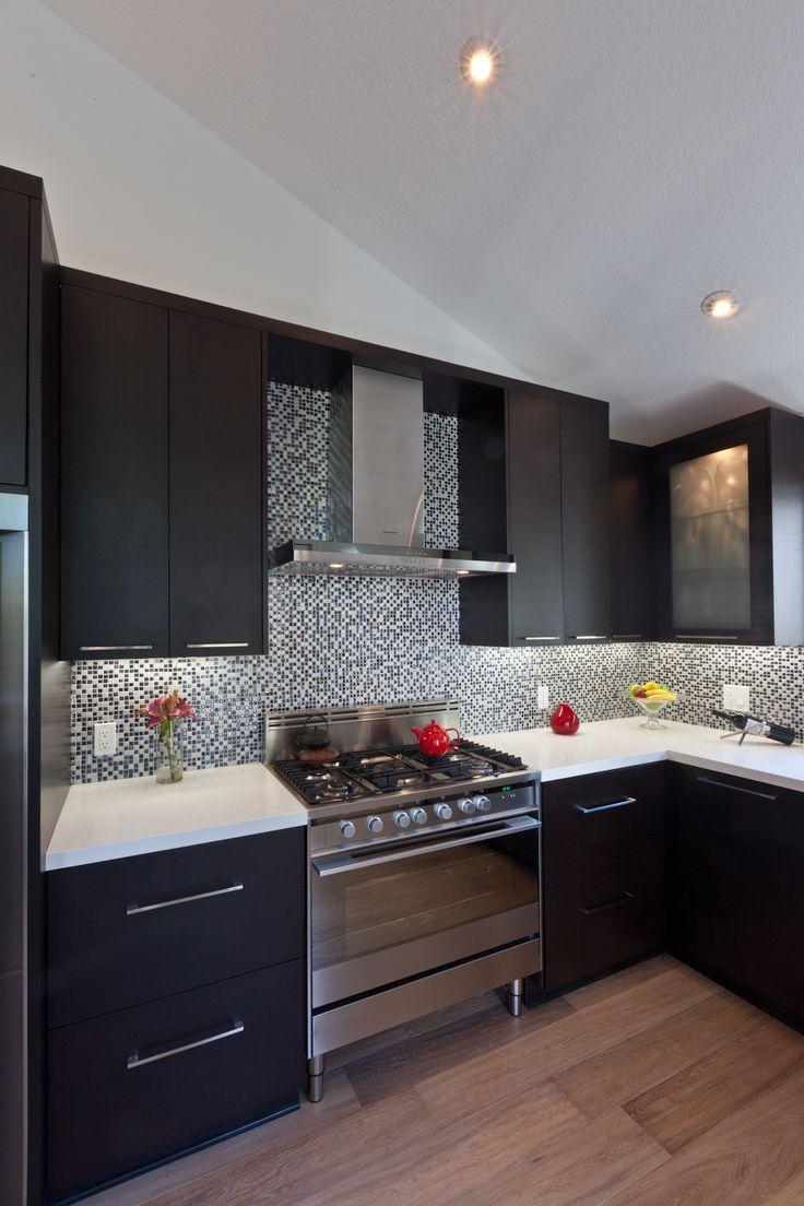 Moderne küchen moderne zeitgenössische küche designs küche ideen weiß zähler schwarz schränke küchendesign anfang innere
