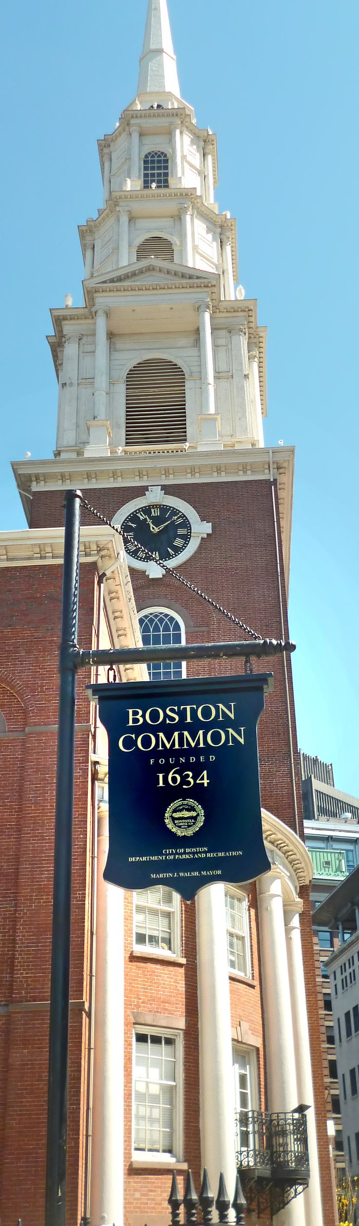 Park Street Church was founded in 1809, at the corner of Park and Tremont Streets, atop the site of Boston's town grain storage building, or granary.
