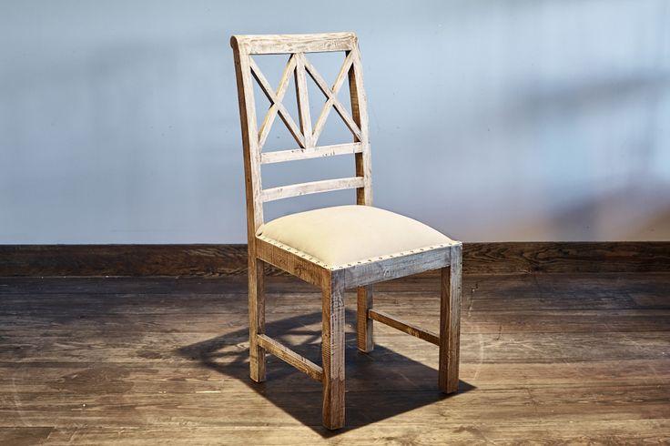 Chaise en bois de manguier