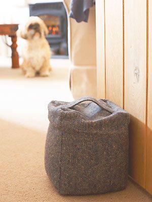 Tweed doorstop - Make it with a metre of fabric - Home makes sewing machine maquina de coser singer coser costura corte y confeccion patrones patterns clothing design designer