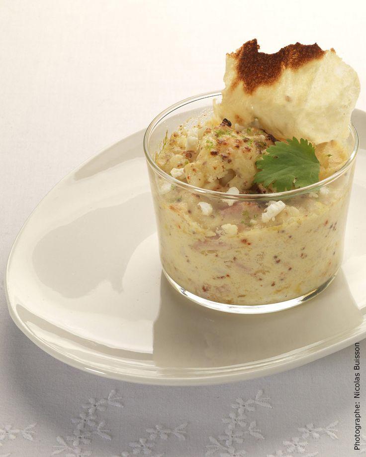 Des sommités de chou-fleur tour à tour al dente, craquants et fondants, enrobés sous une sauce Mornay… à la moutarde à l'ancienne. Soyeuse et très gourmande…