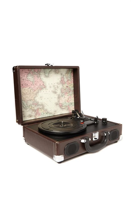 Suitcase record player - Typo