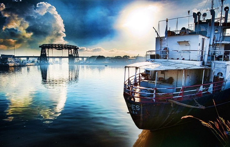 The outskirts of Buenos Aires...the Epic harbor -- Stuck in Customs