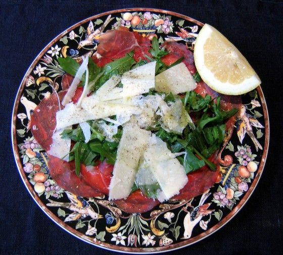 Bresaola con rughetta e parmigiano
