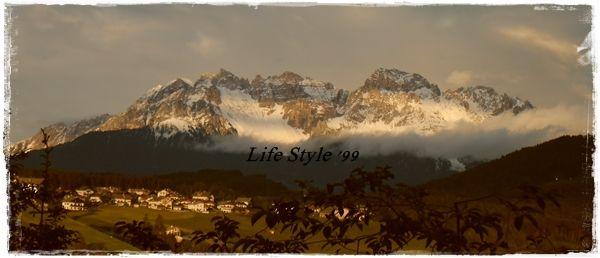 Life Style '99: Eggental: vacanze in famiglia! Terra di magie, di streghe e di folletti... Le leggende di Re Laurino e della sirena Ondina... Venite con me e con la mia famiglia a visitare la Val d'Ega in Alto Adige.  #VacanzaCompleta