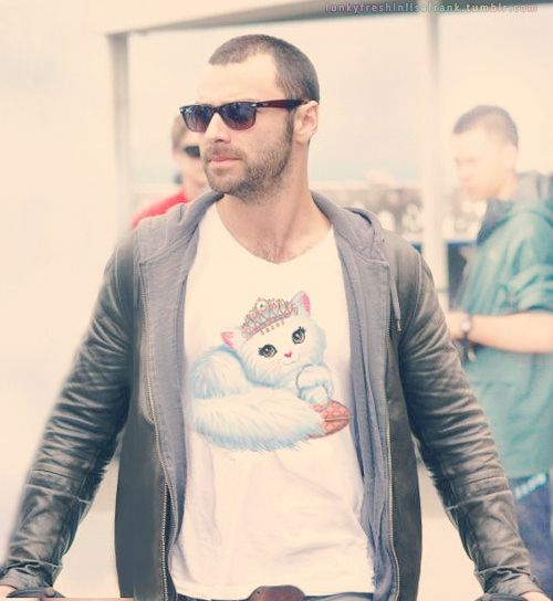 Aidan Turner | Your Favorite Celebs Decked Out In Lisa Frank  @Becky Hui Chan Hui Chan another Lisa Frank shirt!!