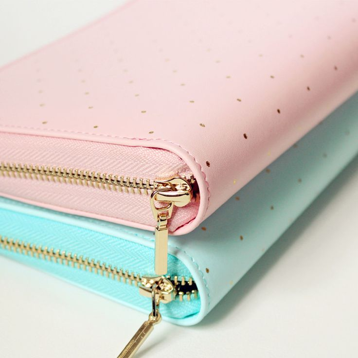 Zipper Personal Planner with Polka Dots, Size A6 only