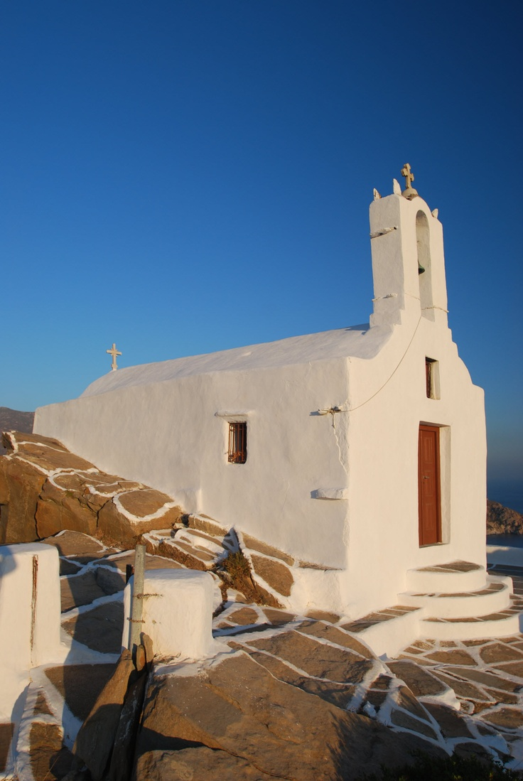 The small one room church here on the hill across from Chora is one of 365 churches on the 42 square mile island.
