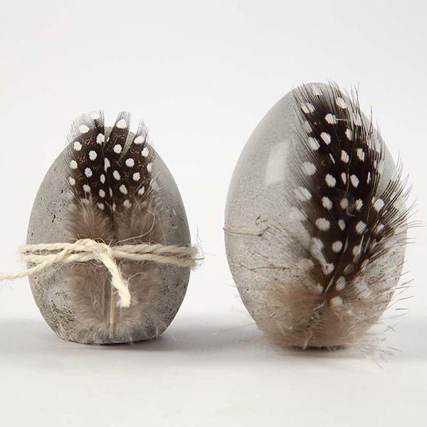 Betonista valetut munit voit valaa joko luonnonmuniin tai munamuottiin.