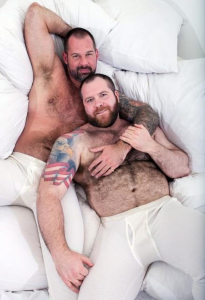 gay nudi pelosi gay bear escort