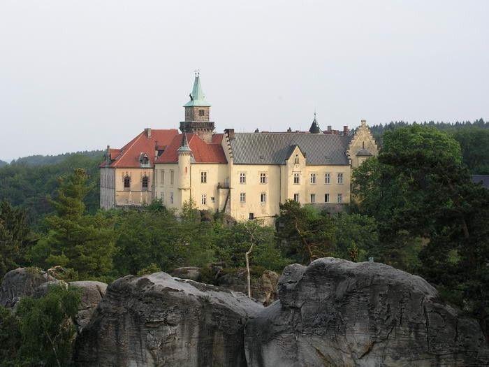 Hrubá Skála - chateau is also a hotel