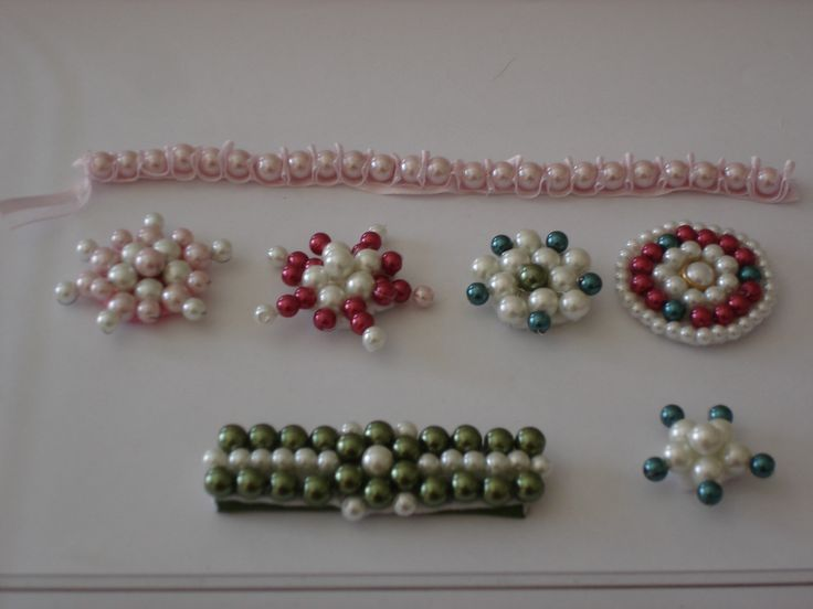brooches and hair clip made with pearls