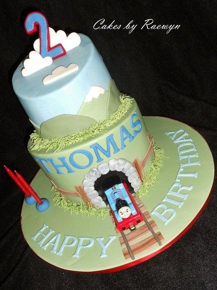 thomas/train  cake