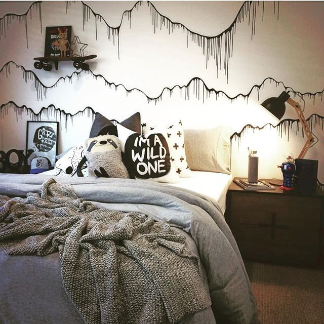 Amazing monochrome kids room styled by @lynnette_kohler_interiors using our 'elevation' wallpaper mural as a feature wall #monochrome #kidsroom #wallpapermural #wallpaper