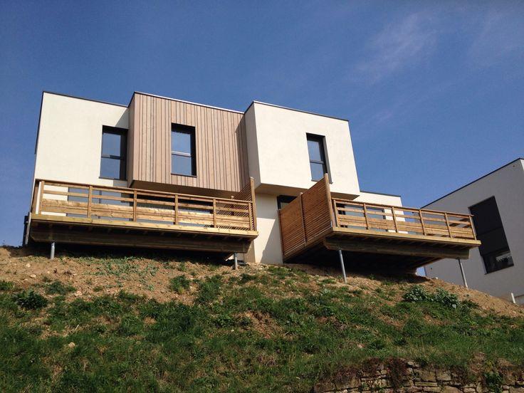LINOAest une agence nationale d'architecture située à Montpellier (34090), née de la réunification des compétences d'une architecte d'intérieur et décoratrice diplômée et d'un architecte diplômé d'Etat-HMNOP.  L'équipe est également renforcée par une collaboration avec des consultants spécialisés et qualifiés dans les secteurs en lien avec le développement et la construction des projets.  L'objectif …