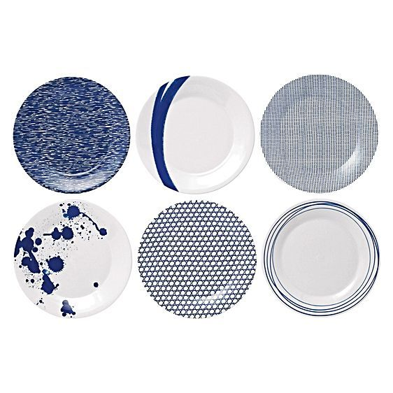 Inspire a seaside sensation of navy colour and quality porcelain in your dining with the Pacific Plate, 23.5cm (Set of 6) from Royal Doulton.