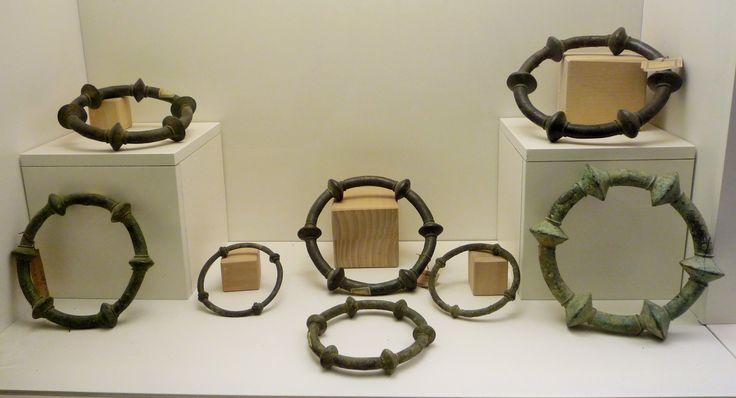 Anelloni piceni al Museo Archeologico di Ripatransone.