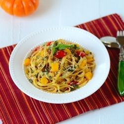 Having a busy week? Try this quick and delicious Fettuccini Aglio e Olio with Calabrese Sausage, Pumpkin, Tomato, and Basil...