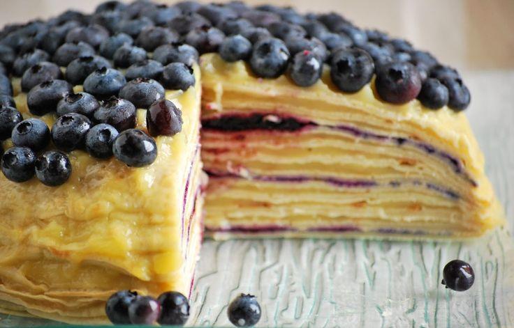 Tort naleśnikowy z masą budyniową i borówkami <3  #crepes #pie #tort #blueberry #veganpie
