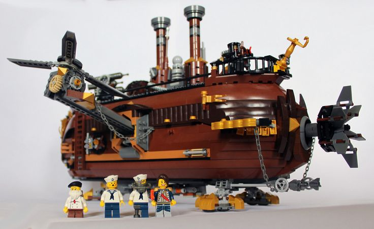 A luxury class airship designed for elite recreation. | 23 Fantastical Steampunk LEGO Builds Designed From Scratch