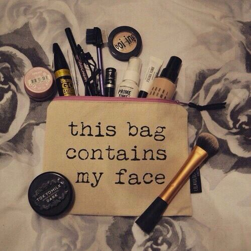 Pack a small makeup bag to touch up through out the day!