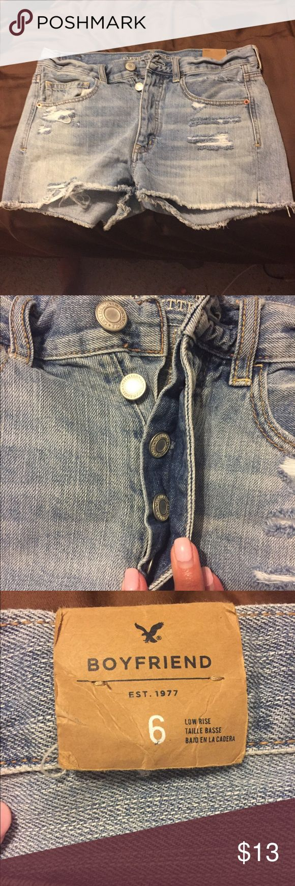 Brand new American Eagle shorts These shorts are the boyfriend style from American Eagle. The retail tag with the price has fell off but the sizing tag is still located on the waist band. These are brand new. American Eagle Outfitters Shorts Jean Shorts
