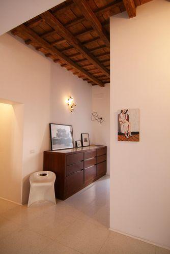 Hallway  Private appartment in the heart of #Rome Collaborator with Manfredi Pistoia Architetti