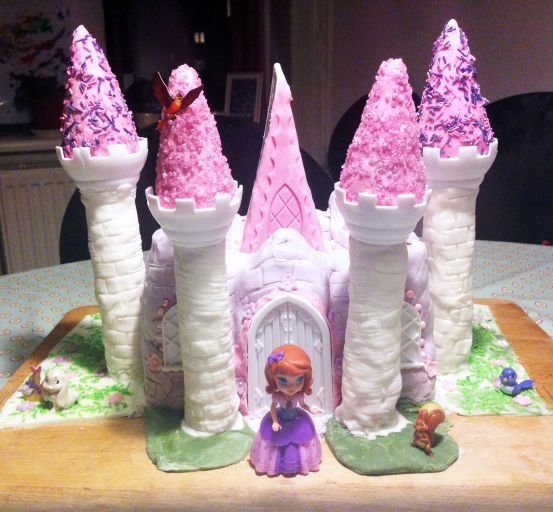 castle cake - sofie the first - Hybridablog