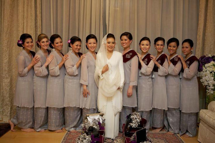 Kanda Dinda with Love: Pakaian Tradisional dan Wedding: Takkan ...